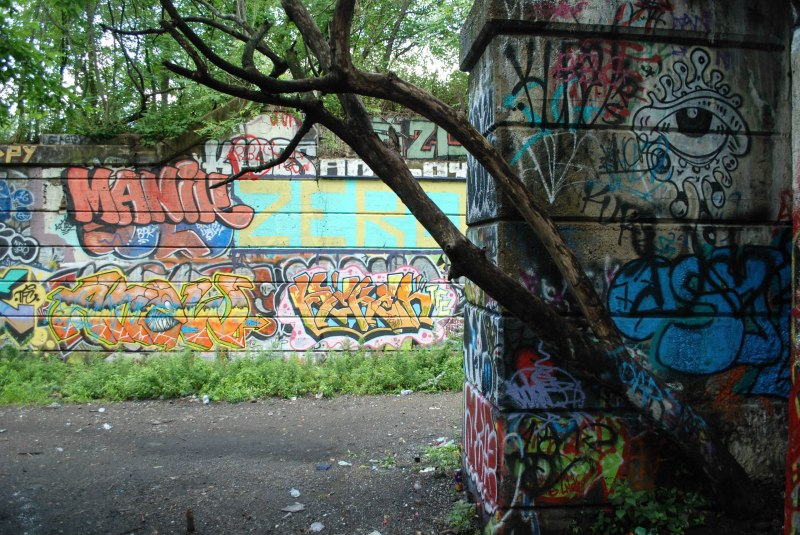 Grafitti Pier_1 (1)-2